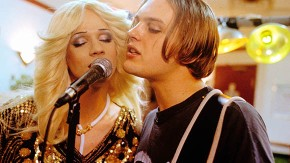Hedwig & The Angry Inch (2001): glam rock y militancia gay